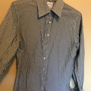 Brooks Brothers semi fitted stripped shirt